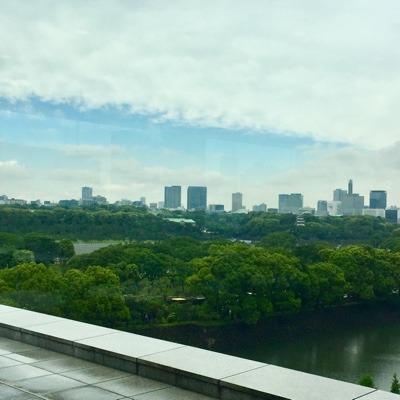 雷、青空広がり、やがて雨。: ク...